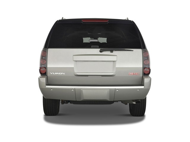 ���� 2012 ���� 2012 ���� 2011-gmc-yukon-2wd-4-door-1500-denali-rear-exterior-view_100335461_m.jpg
