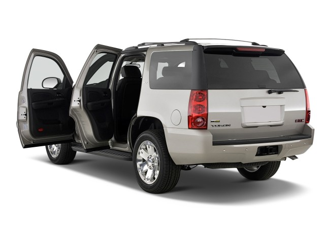 ���� 2012 ���� 2012 ���� 2011-gmc-yukon-2wd-4-door-1500-slt-open-doors_100338096_m.jpg