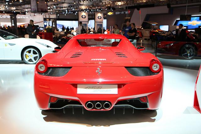 """""""تغطية"""" معرض دبي للسيارات 2013 صور + فيديو Dubai Motor Show"""