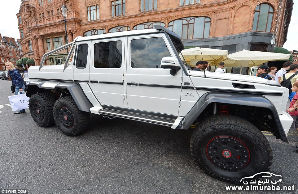 1407235318016_wps_20_Mercedes_G63_AMG_6x6_out_
