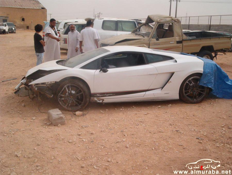 حادث لمبرجيني جلاردو الجديدة 2012 في السعودية ومعروضة للبيع في تشليح الحاير بالصور