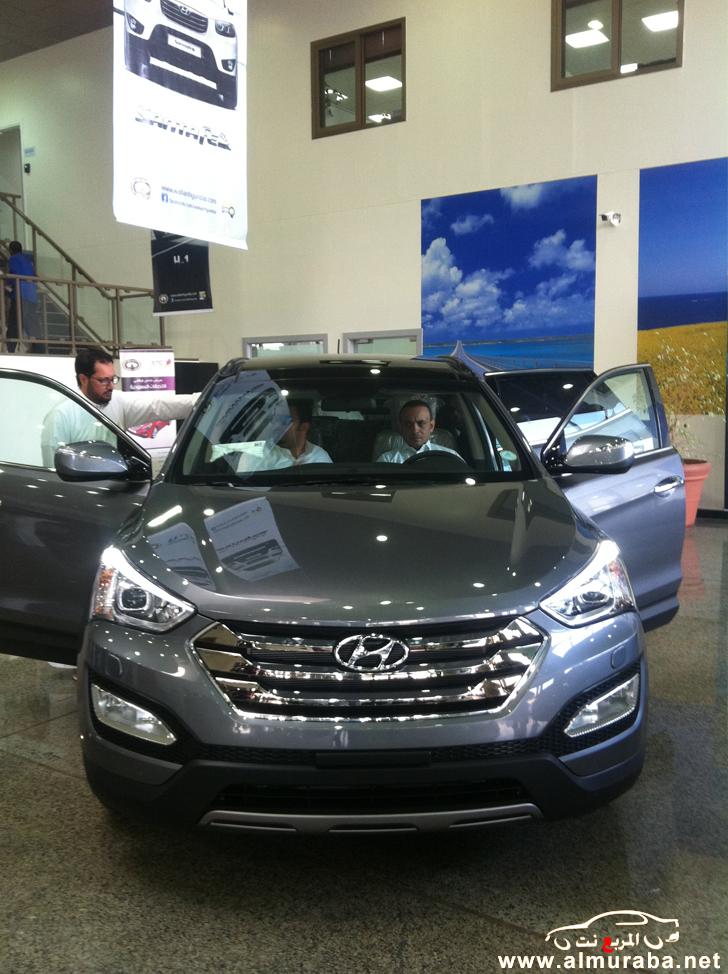 وصول هيونداي سنتافي 2013 الى وكالة الوعلان في الرياض مع الاسعار Hyundai SantaFe 2013