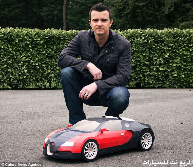 """[فيديو+صور] رجل امريكي يصنع سيارة """"بوغاتي فيرون"""" كالحقيقية من 44 ورقة خلال 100 ساعة فقط"""