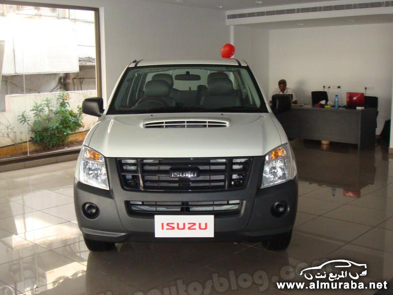 ايسوزو 2014 بيك اب الجديدة ذات المحرك الديزل والبنزين Isuzu 2014