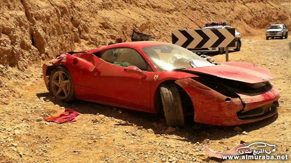 Ferrari_Crash-458-1[3]