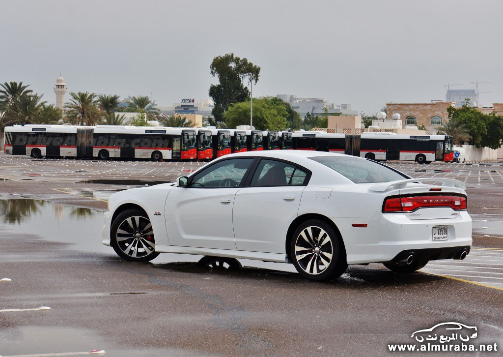 2014-Dodge-Charger-SRT8-3