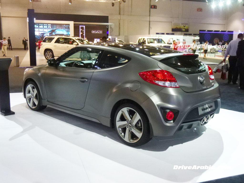 2014-Hyundai-Veloster-Turbo-2
