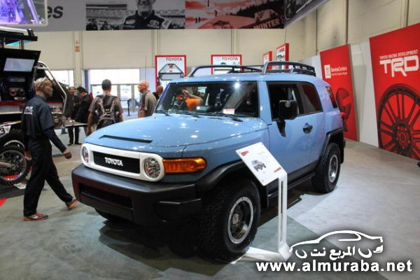 2014-Toyota-FJ-Cruiser-Trail-Teams-Ultimate-Edition-3