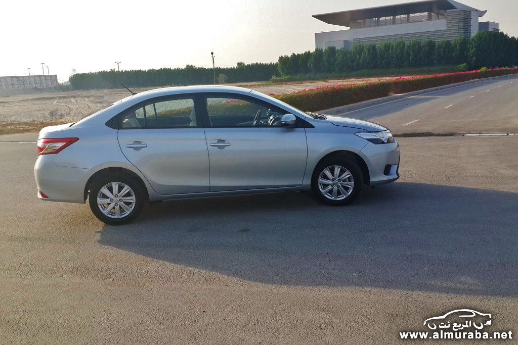 2014-Toyota-Yaris-3