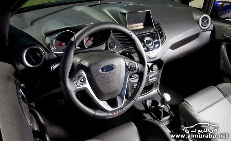 2014-ford-fiesta-st-interior-photo-554245-s-787x481