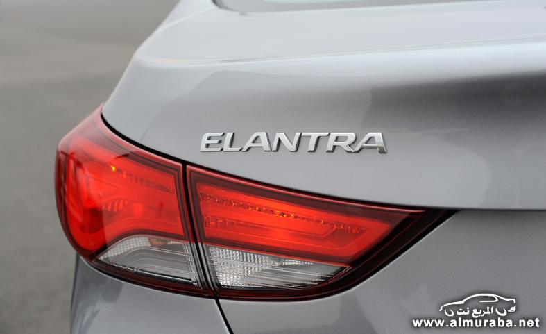 2014 hyundai elantra limited taillight and badge photo 554063 s 787x481 مواصفات هيونداي النترا 2014 كوبيه و سيدان و GT    Hyundai Elantra