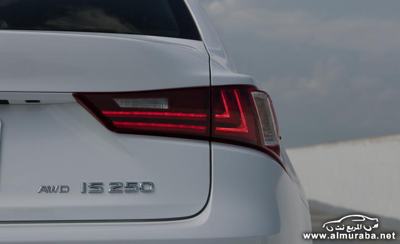 2014-lexus-is250-f-sport-awd-badges-and-taillight-photo-552809-s-787x481