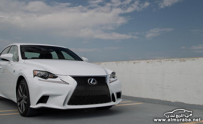 2014-lexus-is250-f-sport-awd-photo-552803-s-787x481