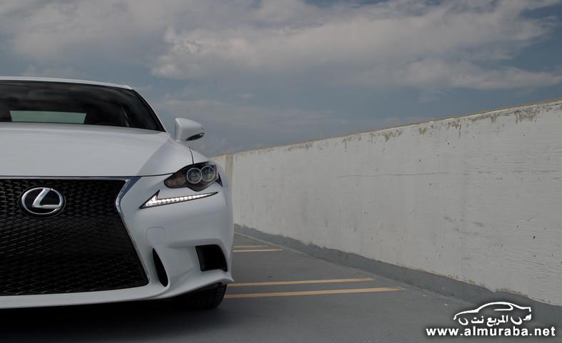 2014-lexus-is250-f-sport-awd-photo-552804-s-787x481