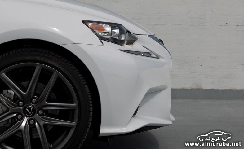 2014-lexus-is250-f-sport-awd-photo-552806-s-787x481