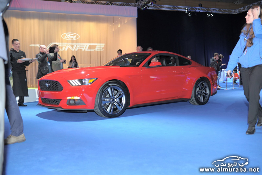 2015-Ford-Mustang-Live-104[2]