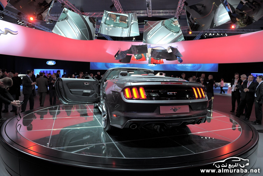 2015-Ford-Mustang-Live-109[2]