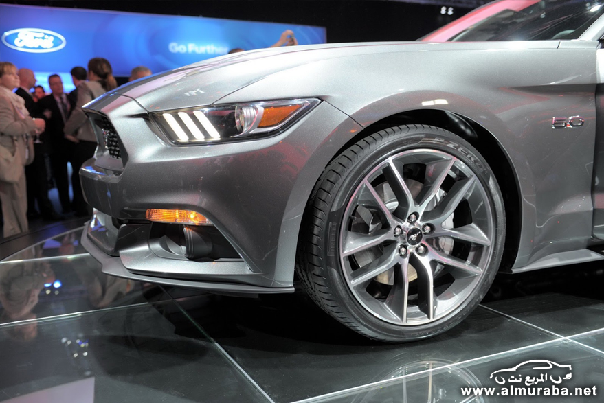 2015-Ford-Mustang-Live-131[2]