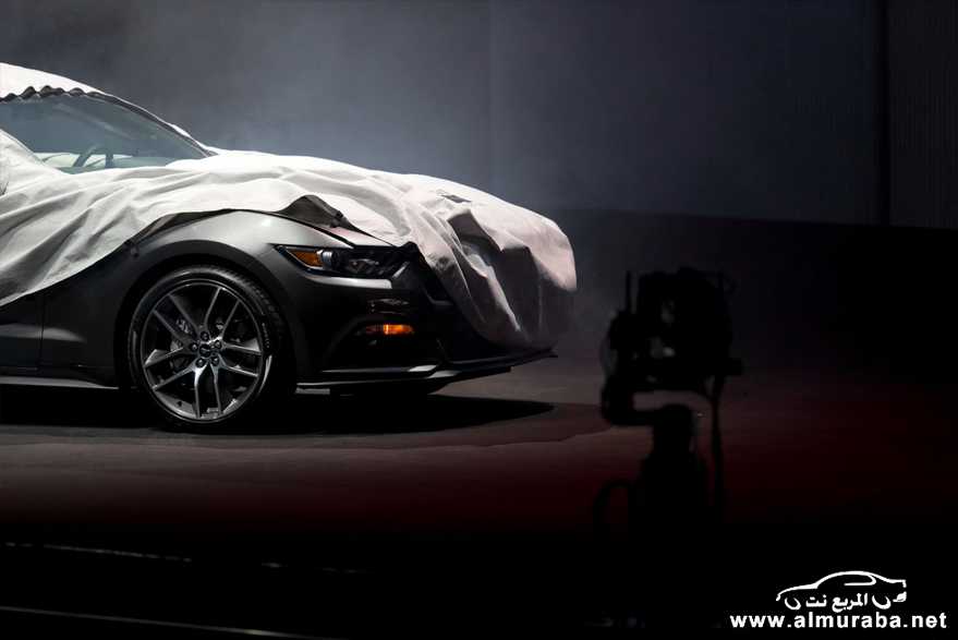 2015-Ford-Mustang-Live-48[2]