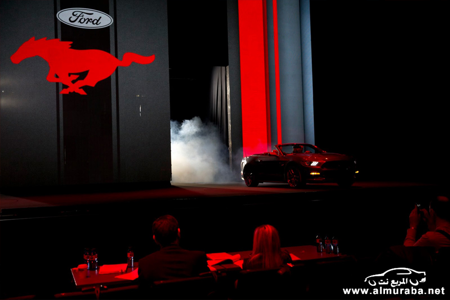 2015-Ford-Mustang-Live-62[2]