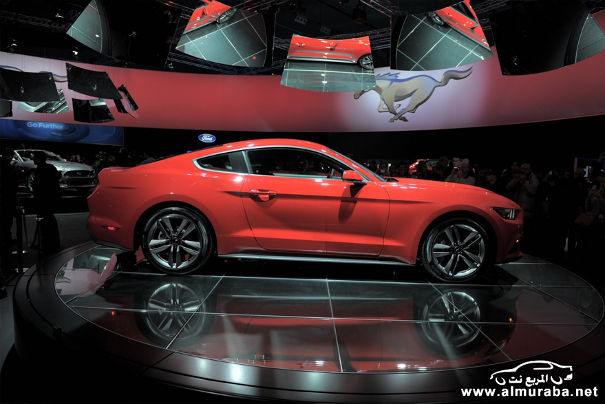 2015-Ford-Mustang-Live-75[2]