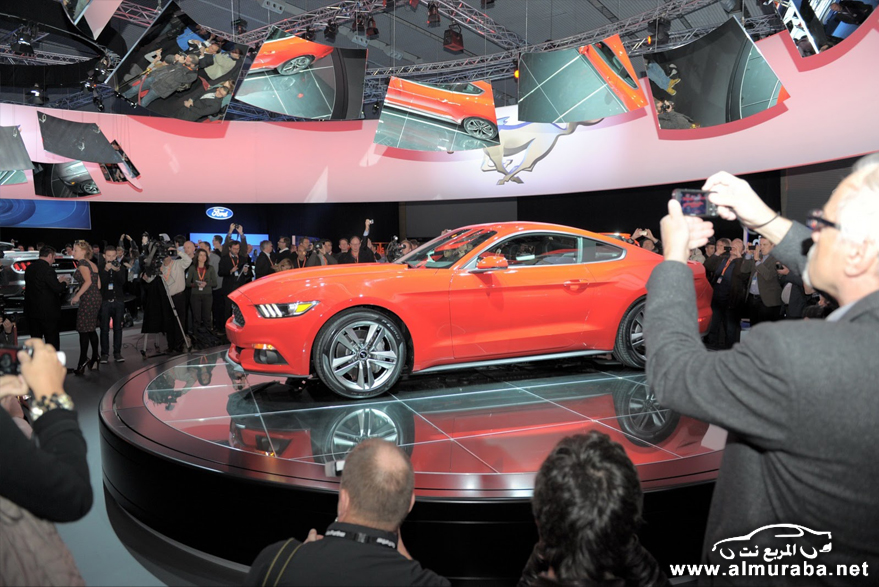 2015-Ford-Mustang-Live-85[2]