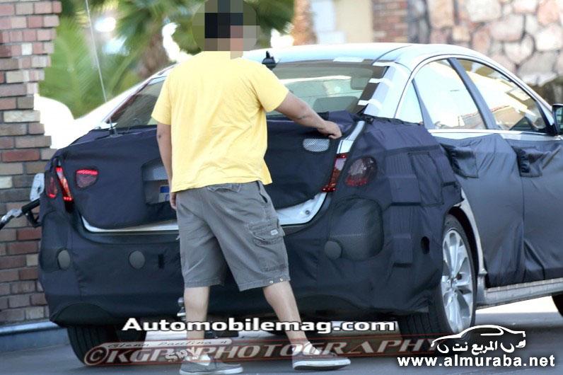 2015 Hyundai Sonata rear three quarter spied 1 796x530 مواصفات هيونداي سوناتا 2014 مع صور و اسعار