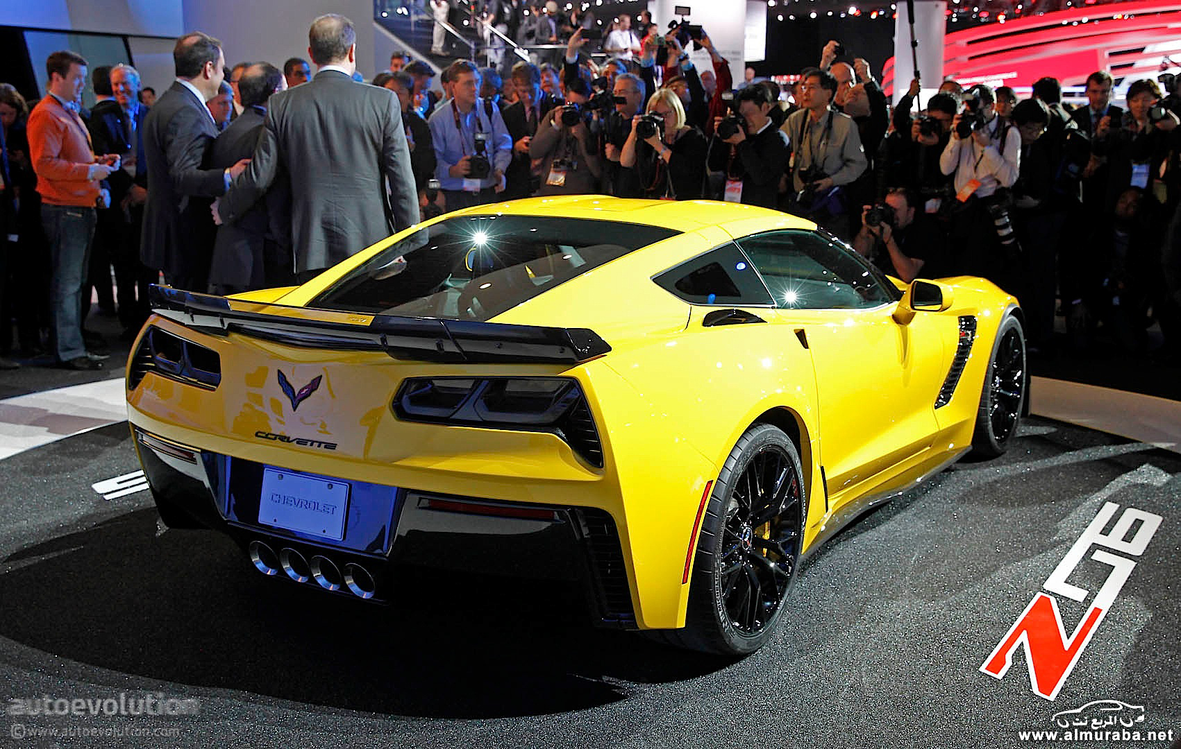 2015-corvette-z06-officially-revealed-in-detroit-live-photos_9