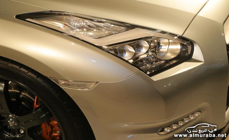 2015-nissan-gt-r-track-edition-headlight-photo-554368-s-787x481