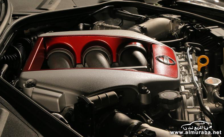 2015-nissan-gt-r-twin-turbocharged-38-liter-v-6-engine-photo-554376-s-787x481