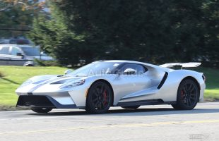 ford-gt-spy-photos-01