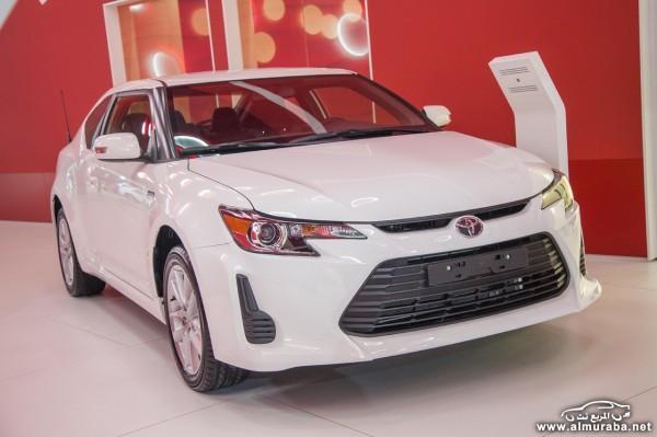 Toyota-Dubai-Motor-Show-12[2]