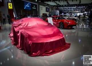 لأول مرة في الشرق الأوسط فيراري 458 Speciale فى معرض دبي للسيارات 2013