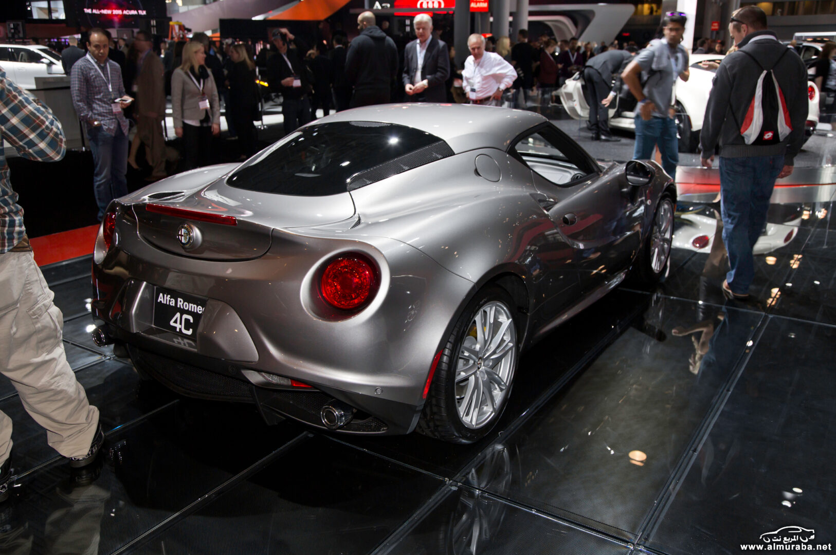 http---image.motortrend.com-f-wot-1404_2015_alfa_romeo_4c_launch_edition_arrives_this_june-72848103-2015-Alfa-Romeo-4C-Launch-Edition-rear-three-quarters-03