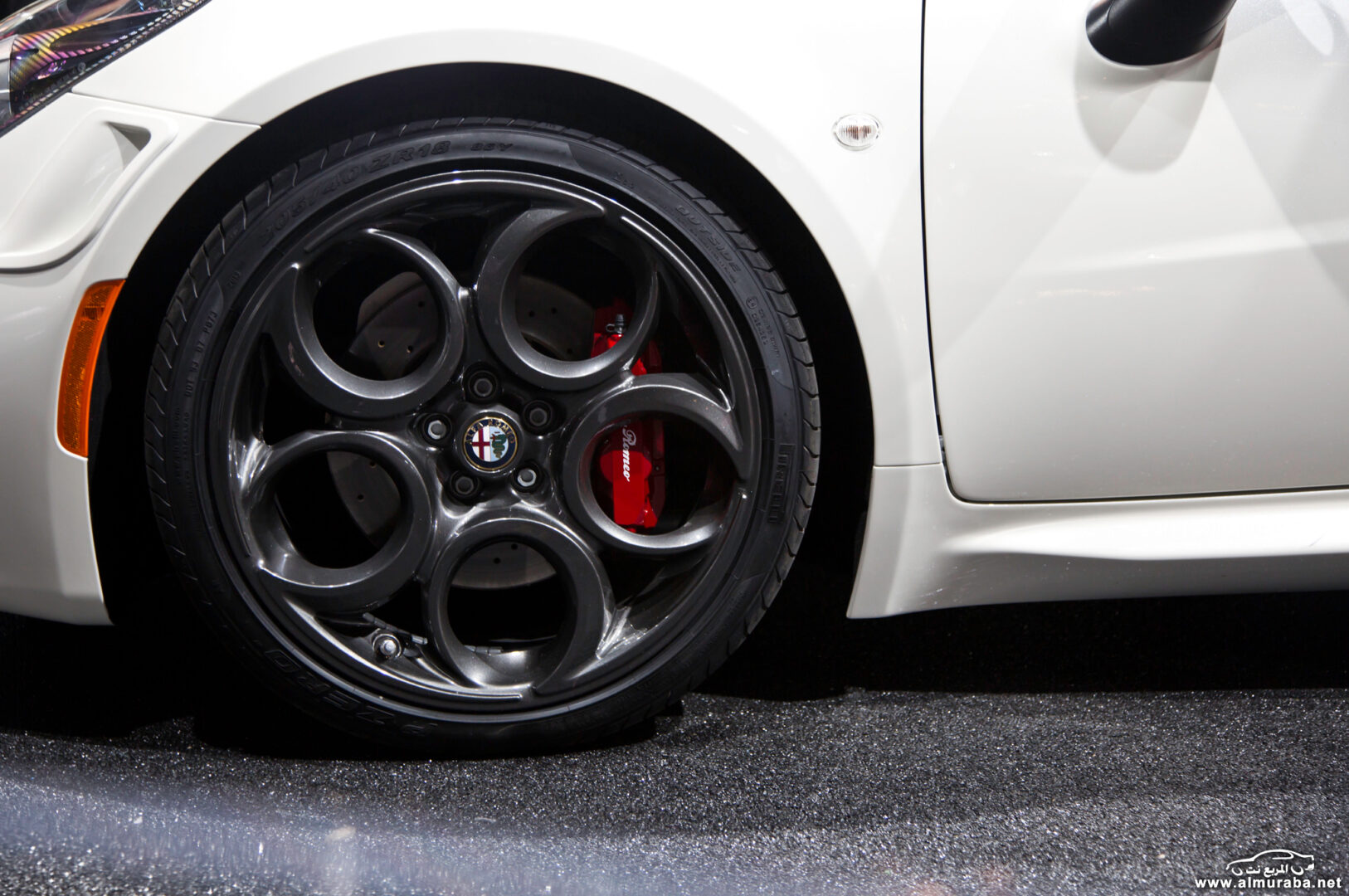 http---image.motortrend.com-f-wot-1404_2015_alfa_romeo_4c_launch_edition_arrives_this_june-72848178-2015-Alfa-Romeo-4C-Launch-Edition-wheels
