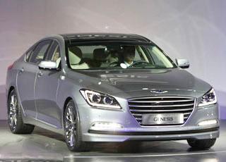 """""""فيديو"""" هيونداي جينسيس 2015 اثناء التدشين من الداخل والخارج Hyundai Genesis"""