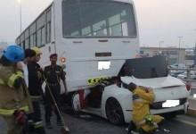 """""""بالصور"""" فيراري كاليفورنيا في حادث شنيع جداً بالإمارات وإصابة سائقها بسبب تهوره في القيادة"""