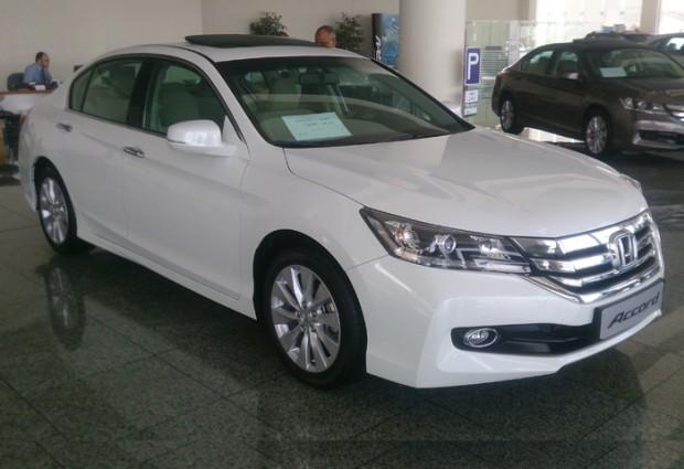 """""""تقرير شامل"""" هوندا اكورد 2015 وكالة عبدالله هاشم """"صور ومواصفات واسعار وفيديو"""" Honda Accord"""