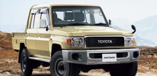"""تويوتا تعيد تصنيع سيارتها لاندكروز 70 2015 """"شاص"""" الإصدار الأصلي لمدة عام في اليابان"""