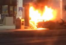 """""""فيديو"""" احتراق بورش 918 سبايدر في احد محطات الوقود بسبب حصول شرارة صغيرة"""