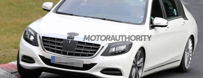 مرسيدس تعيد إنتاج سيارتها مايباخ