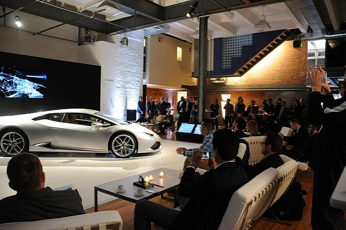 lamborghini-huracan-showcased-in-new-york-at-bathhouse-studios-medium_2