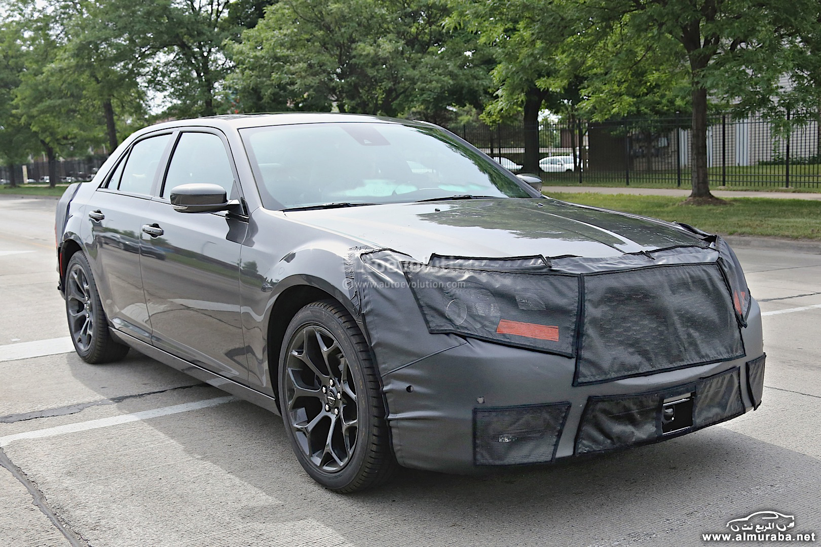 spyshots-2015-chrysler-300-photo-gallery_10