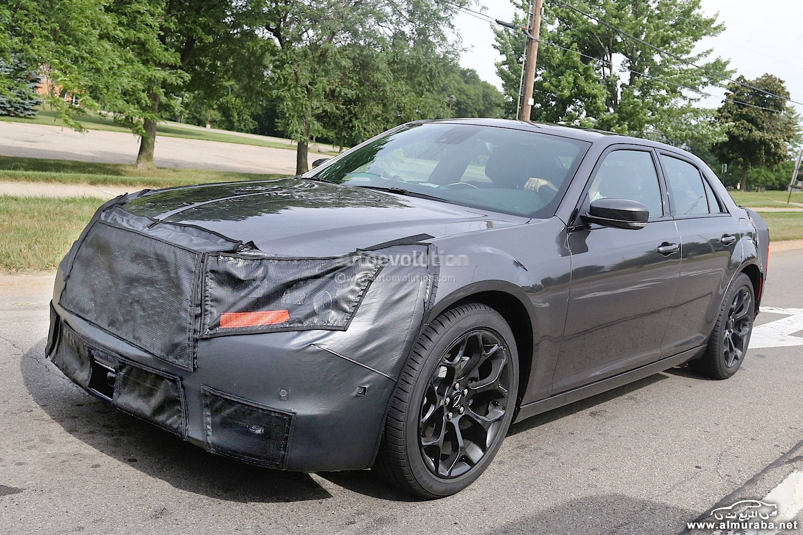 spyshots-2015-chrysler-300-photo-gallery_12