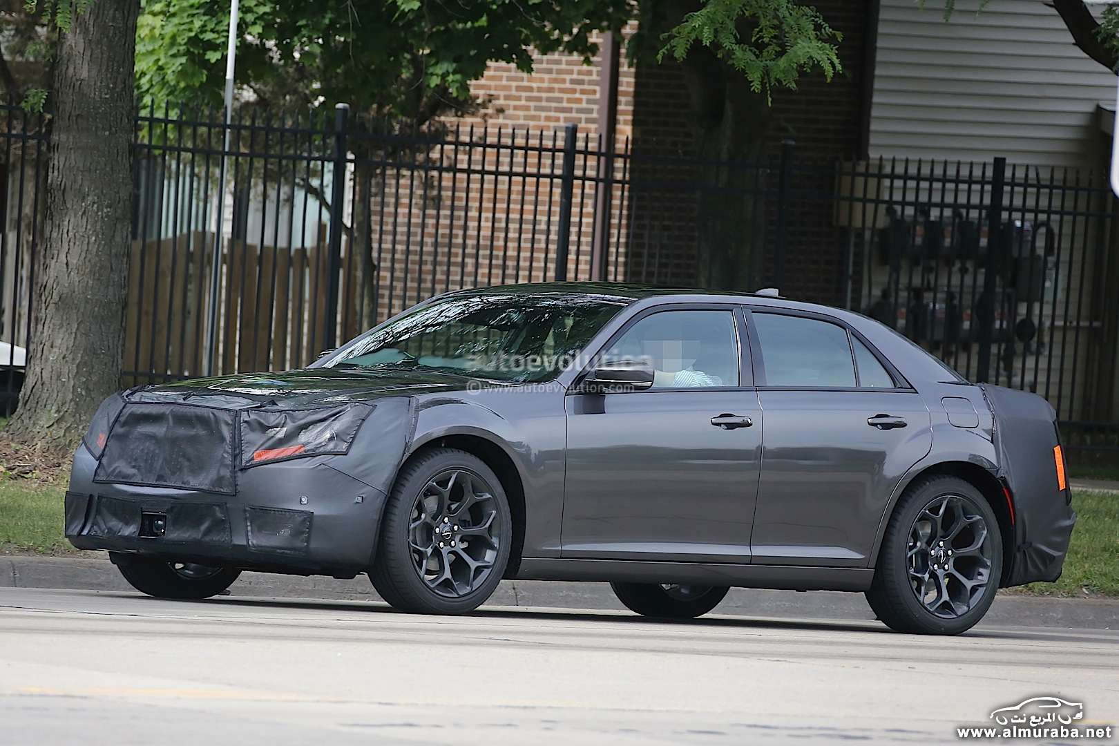 spyshots-2015-chrysler-300-photo-gallery_3