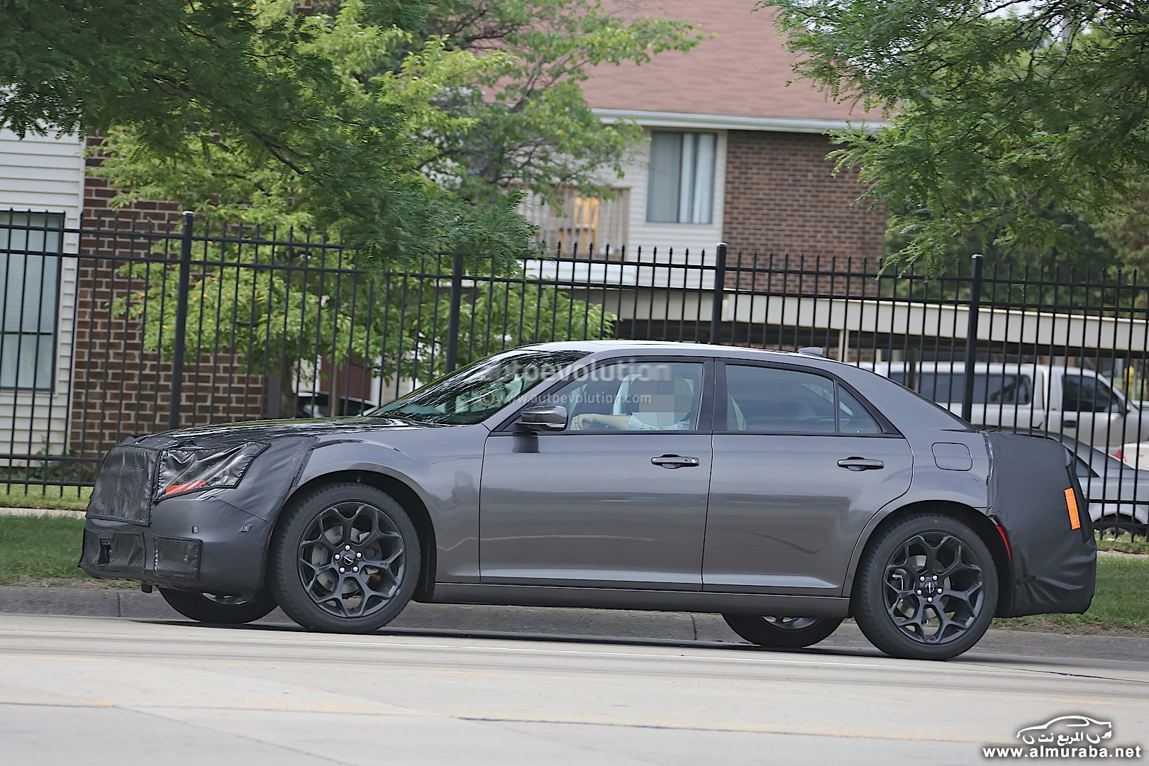spyshots-2015-chrysler-300-photo-gallery_5