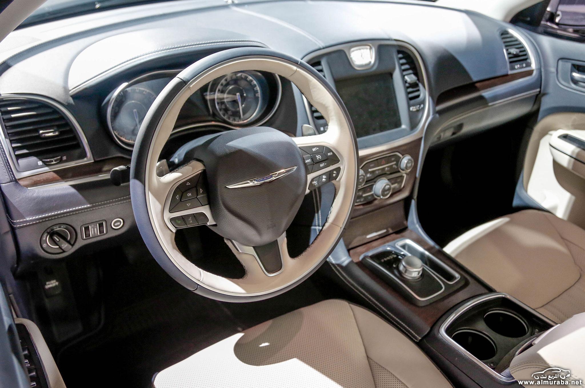2015-chrysler-300-interior