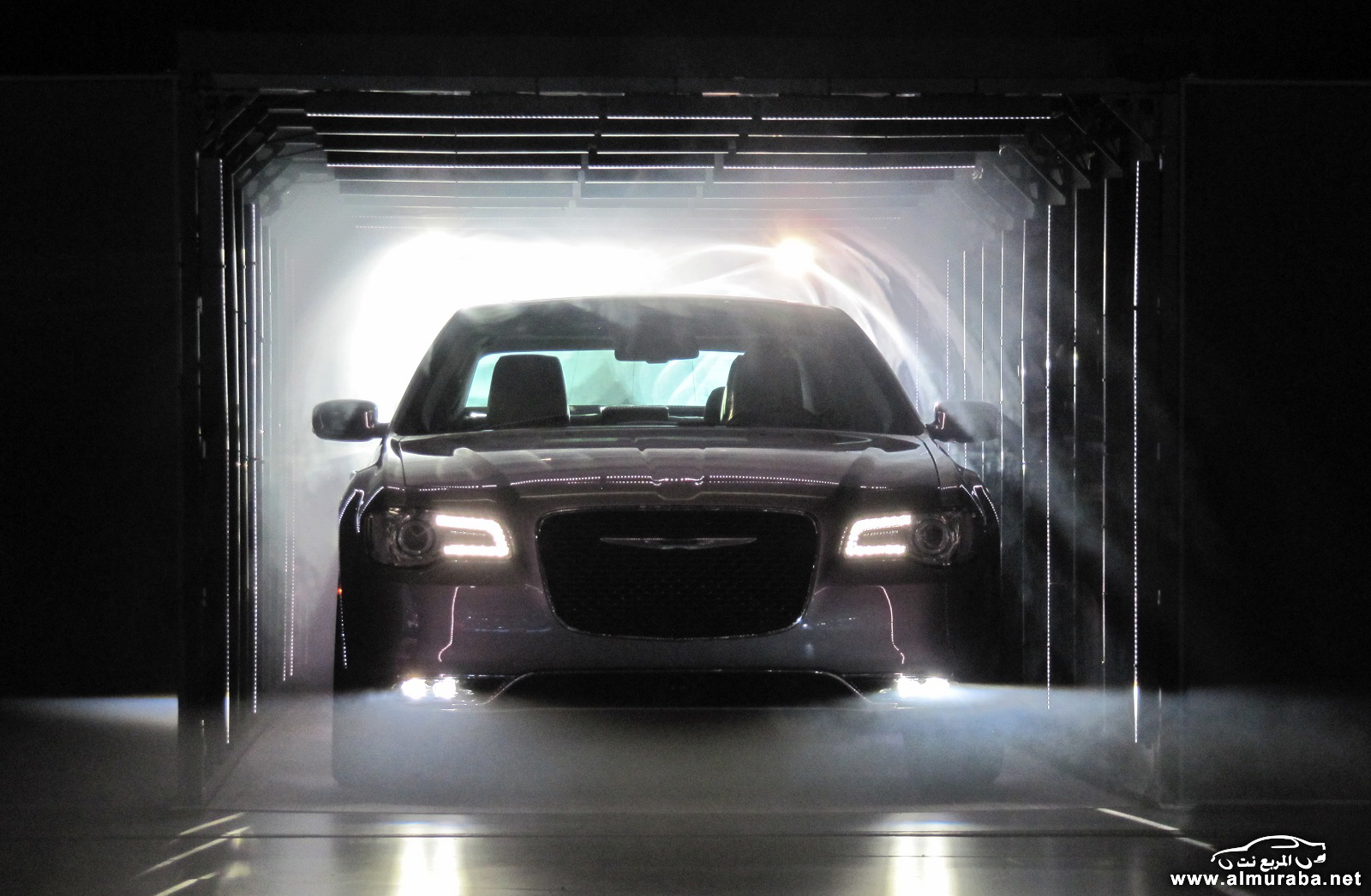2015-chrysler-300-unveiled-at-2014-los-angeles-auto-show_100490791_h