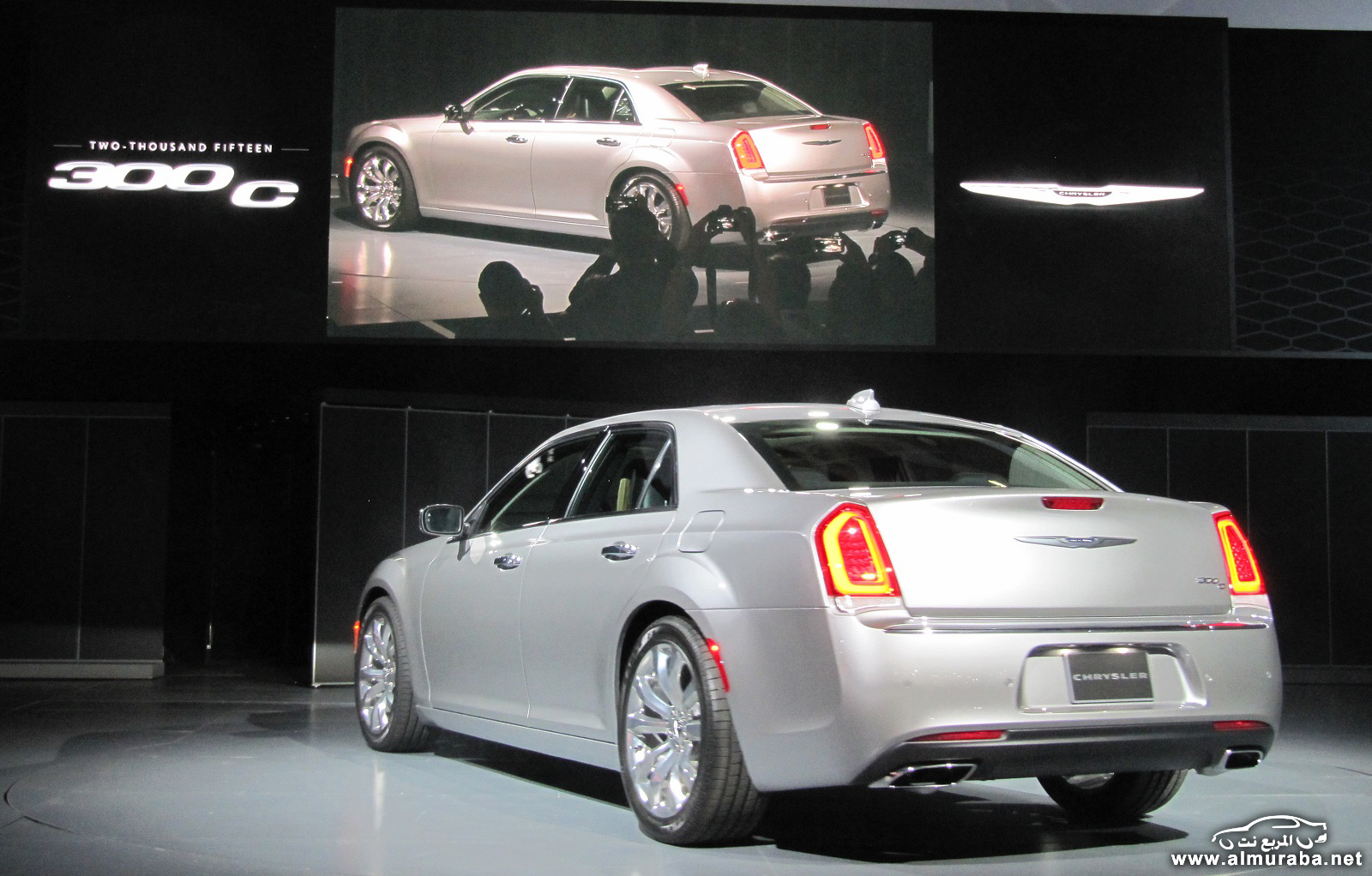 2015-chrysler-300-unveiled-at-2014-los-angeles-auto-show_100490793_h