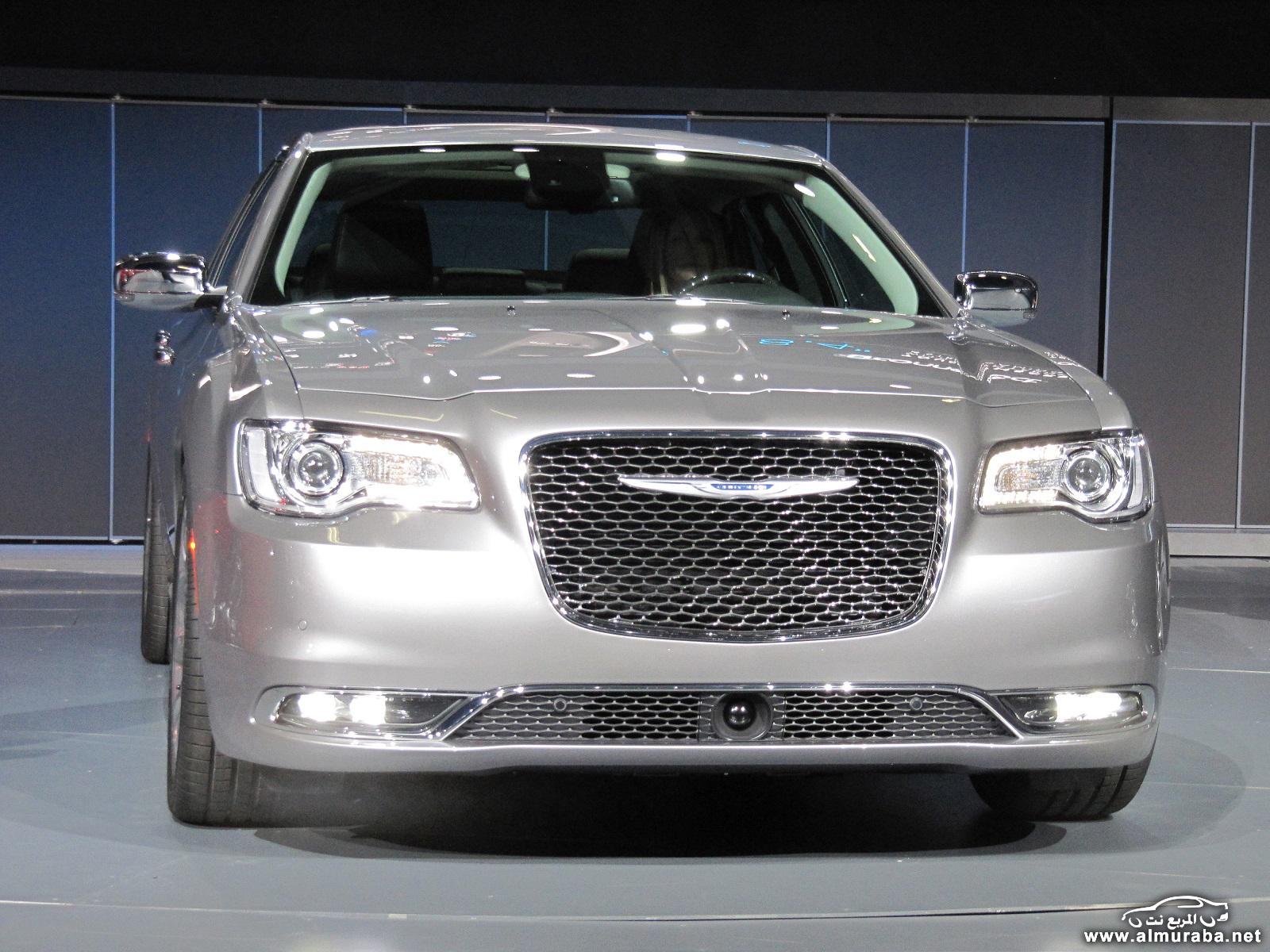 2015-chrysler-300-unveiled-at-2014-los-angeles-auto-show_100490798_h